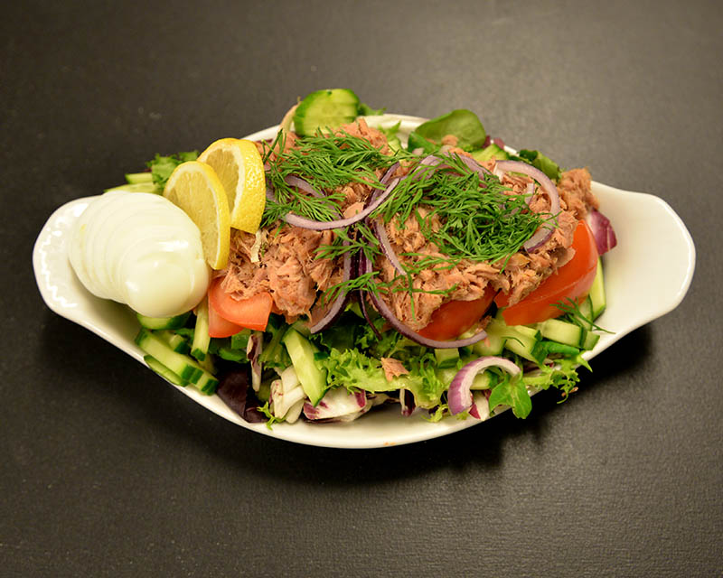 Tonnikala-salaatti